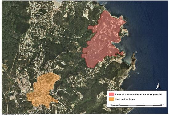 Comparativa del àrea que ocupa la modificació del POUM Aiguafreda (71 ha) amb el nucli urbà de Begur